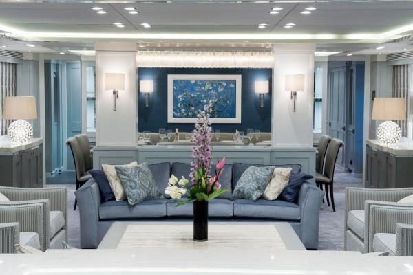 12-Blue-living-room-600x400