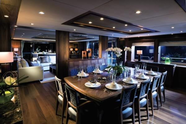 30-Furnished-yacht-600x400