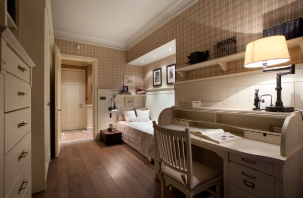 A-long-narrow-room-custom-crafted-bed-that-fits-in-effortlessly