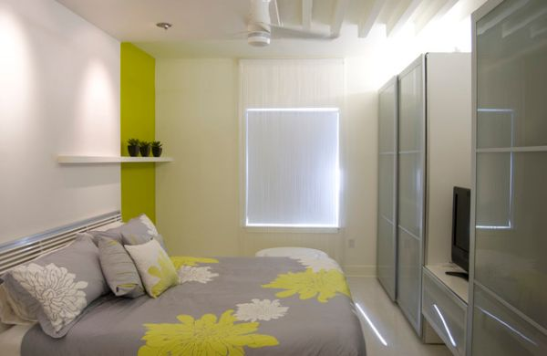 Glossy-surfaces-and-neon-lights-create-a-more-vibrant-atmosphere
