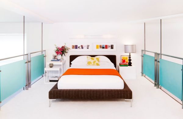 Loft-bedroom-with-open-walls-seems-as-stunning-as-any-larger-contemporary-bedroom