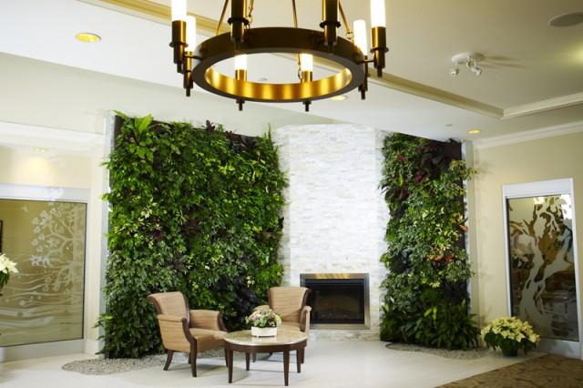 green-wall-3-640x426